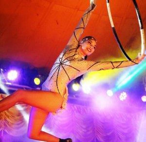 Festival 12 Horas no Circo Fazendo Arte, dia 9 de maio, online e gratuito