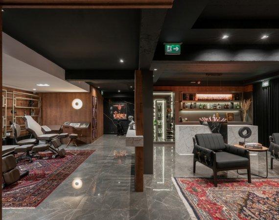 Estúdio de tatuagem inspira ambiente na Mostra Elite Design 2021, em Porto Alegre